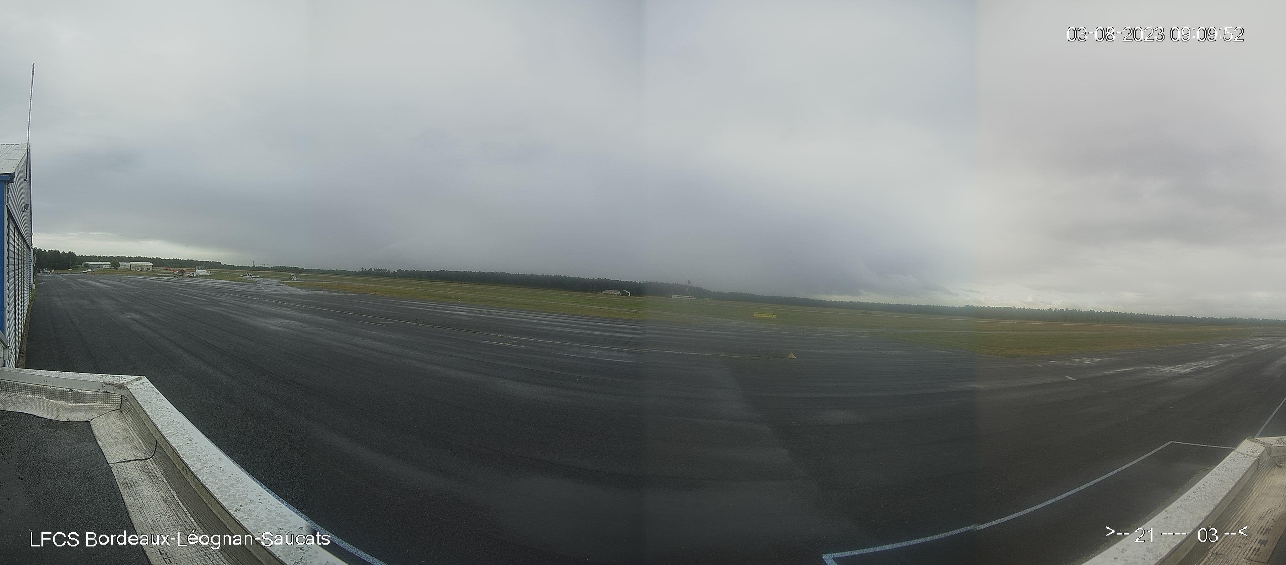 Aérodrome de Bordeaux Léognan Saucats